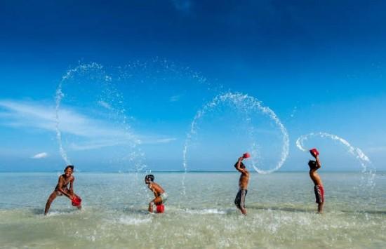 Pleme koje u 21. vijeku živi za i od okeana (FOTO)